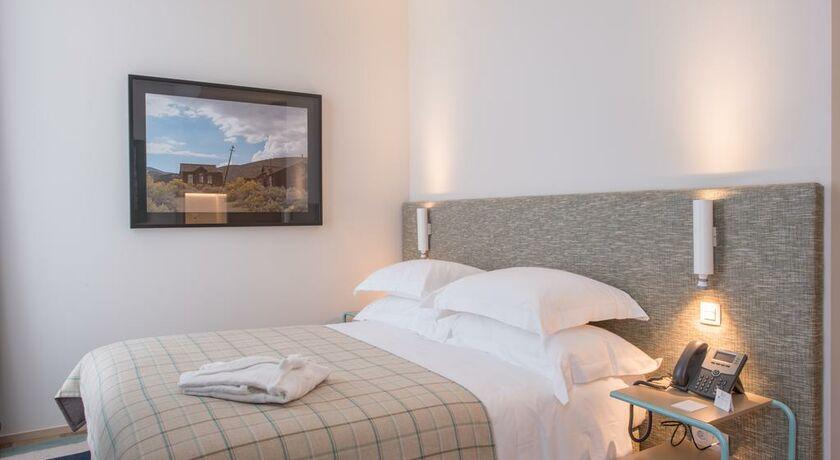 The house ribeira porto hotel porto portugal my boutique hotel - Chambre double standard ...