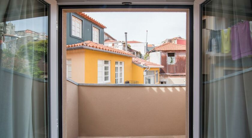 The house ribeira porto hotel a design boutique hotel for Hotel design porto