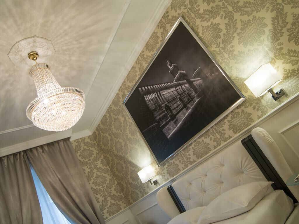 duomo rooms mailand italien. Black Bedroom Furniture Sets. Home Design Ideas
