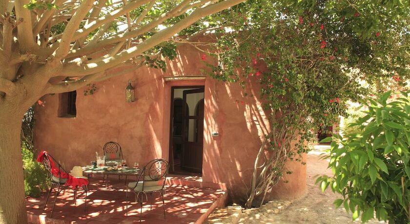 Le jardin des douars a design boutique hotel ghazoua morocco - Bungalow de jardin design ...