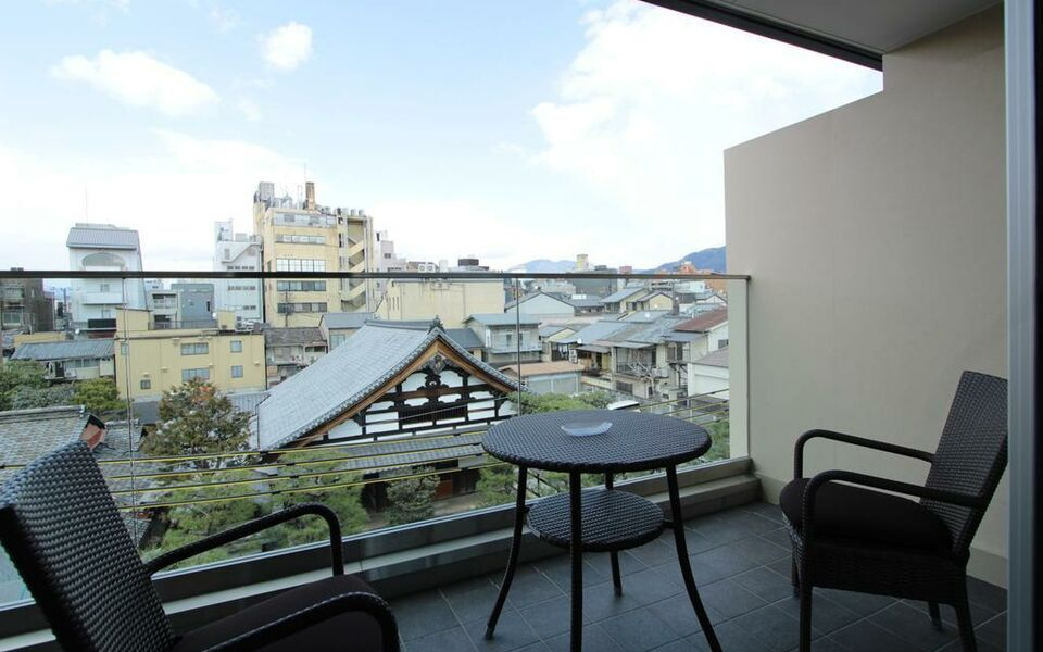 Hana touro hotel gion a design boutique hotel kyoto japan for Design hotel kyoto