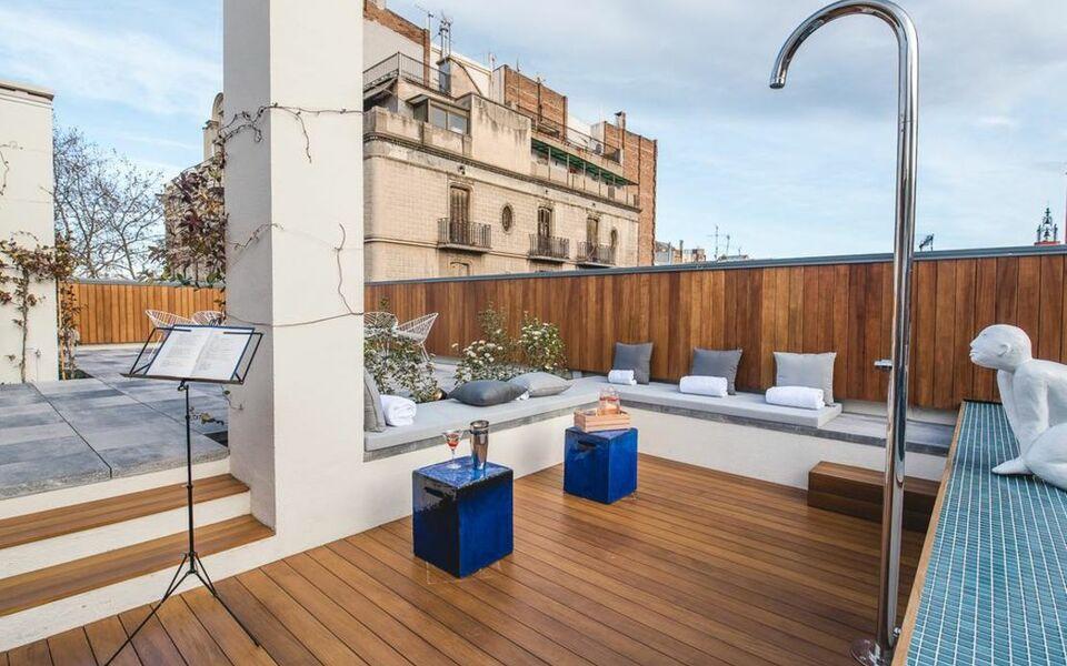 Hotel la casa del sol a design boutique hotel barcelona spain - La casa del sol ...