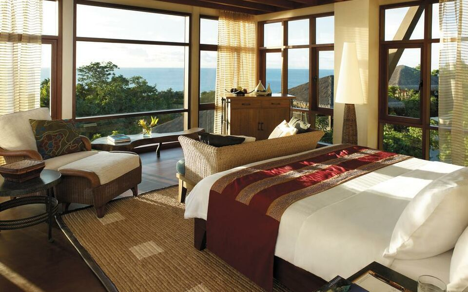 Shangri-La's Boracay Resort and Spa, Boracay (8)