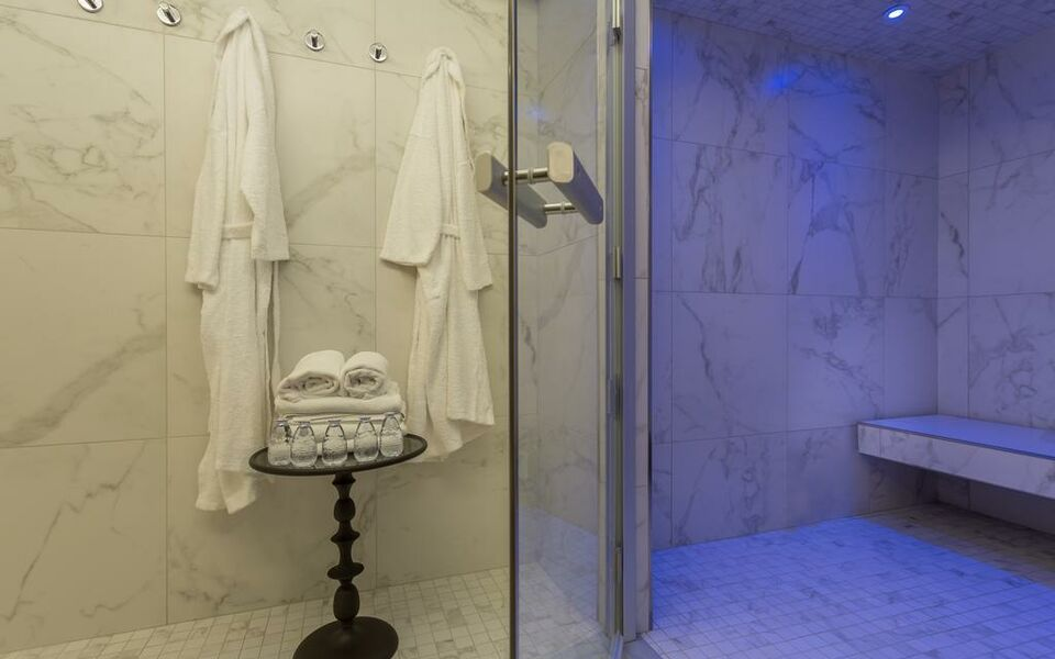 H tel la comtesse by elegancia paris france my for Boutique hotel 7eme