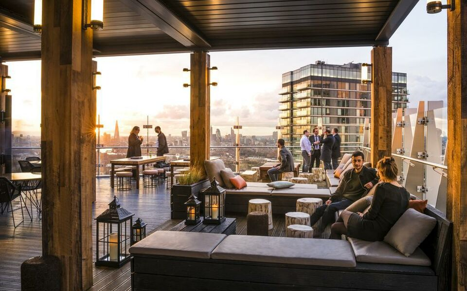 Novotel London Canary Wharf, London, Tower Hamlets (17)