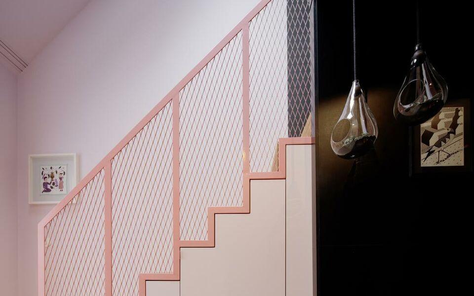 libertine lindenberg a design boutique hotel frankfurt. Black Bedroom Furniture Sets. Home Design Ideas