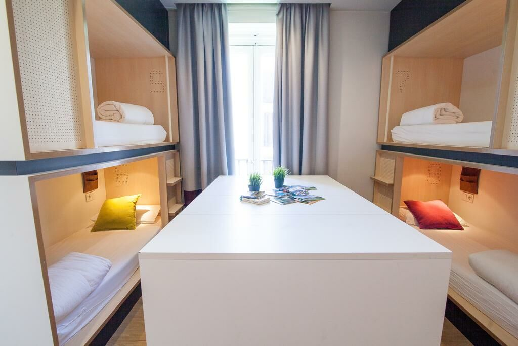 Bed In  Bed Mixed Dormitory Room With Shared Bathroom