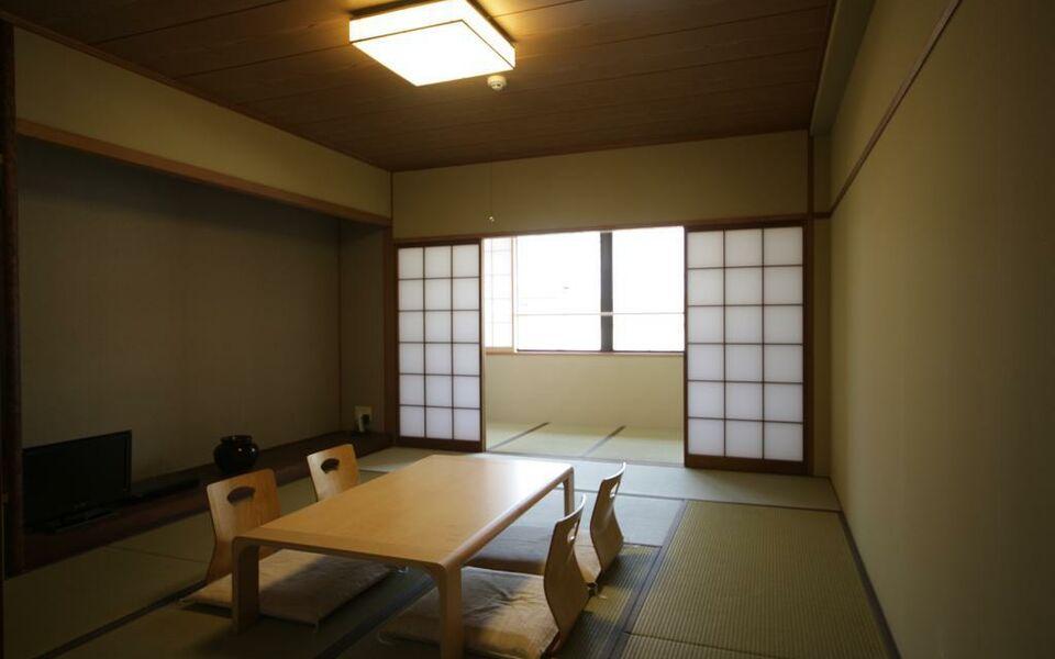 Kurayado iroha a design boutique hotel miyajima japan for Design hotel iroha