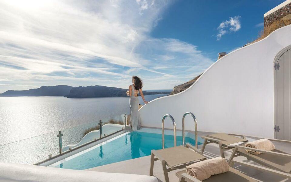 Elite Luxury Suites Oia 4