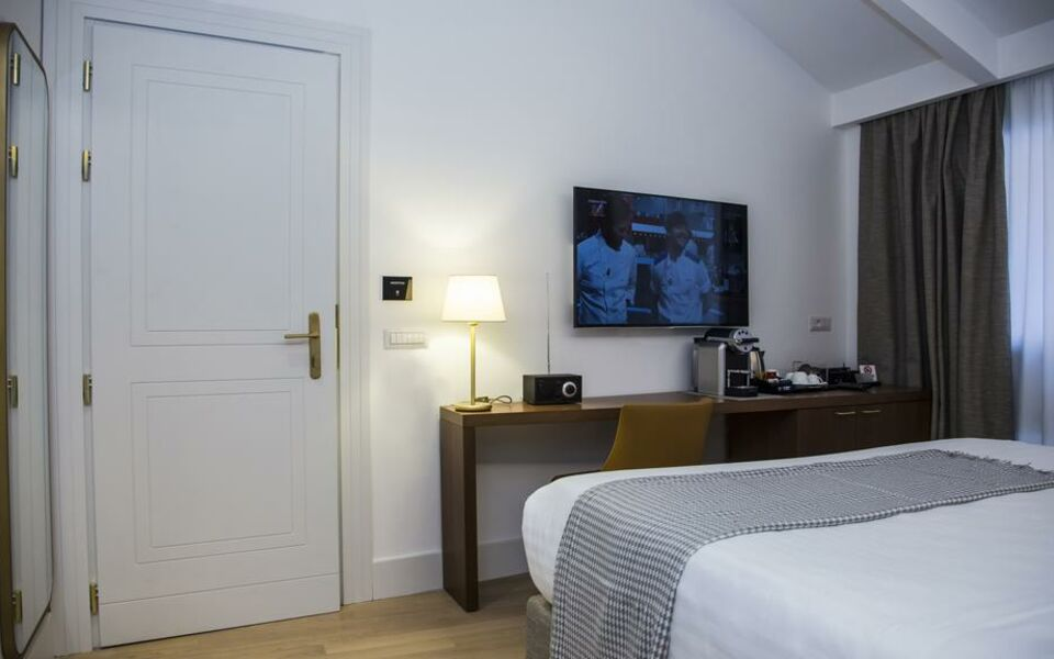 GKK Exclusive Private Suites, Rome (9)