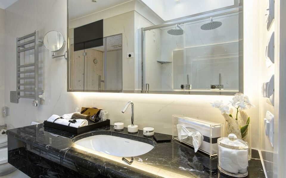GKK Exclusive Private Suites, Rome (10)
