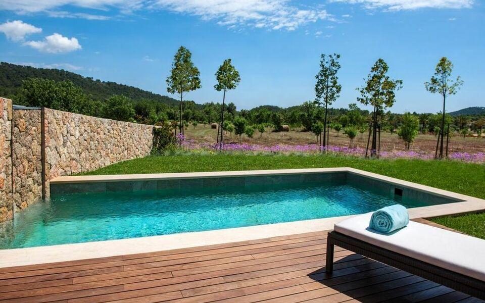 Castell son claret a design boutique hotel palma mallorca for Kapfer pool design mallorca
