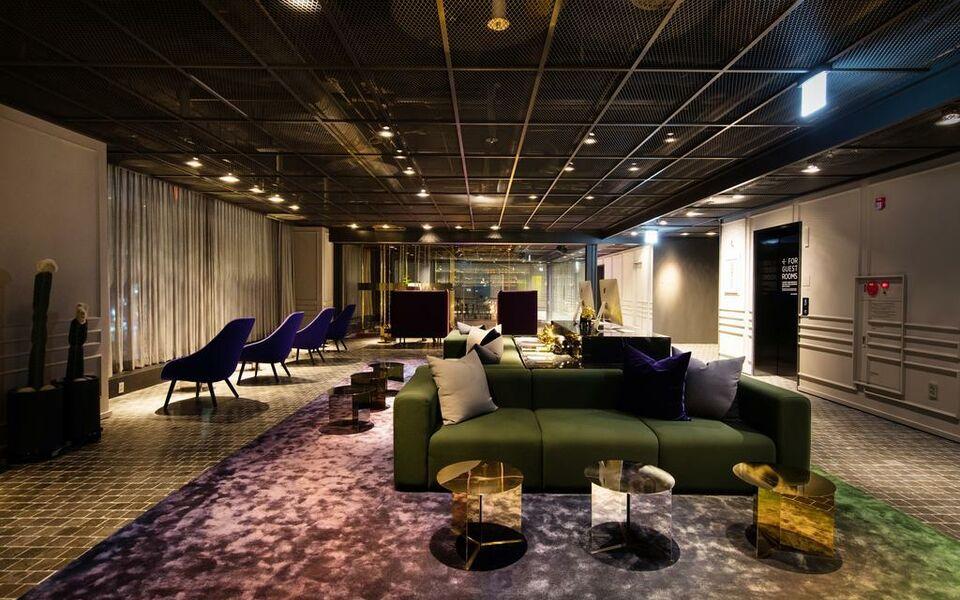 Glad live gangnam a design boutique hotel seoul south korea for Design hotel in seoul