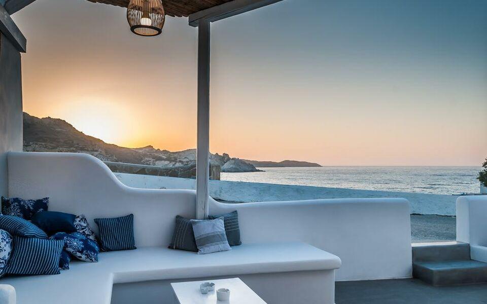 Aerides mandrakia milos a design boutique hotel milos greece for Boutique hotel milos