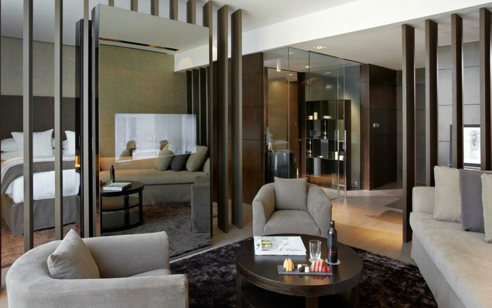 Melia dubai a design boutique hotel dubai united arab for Star boutique dubai