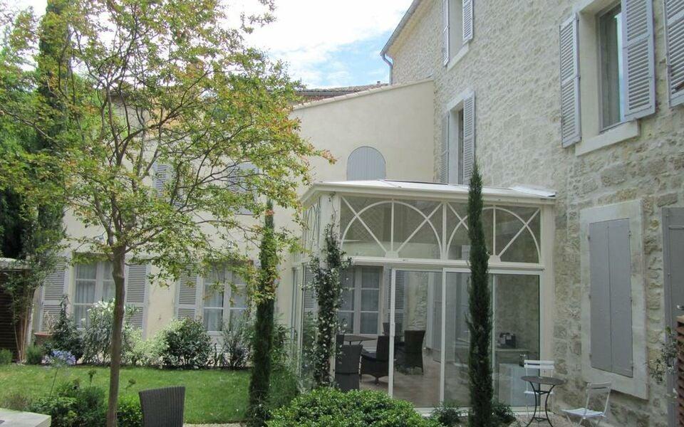 N15 chambres d 39 h tes a design boutique hotel avignon france - Chambre d hote proche avignon ...