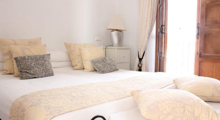 Hotel palacio blanco a design boutique hotel v lez m laga - Sofas velez malaga ...