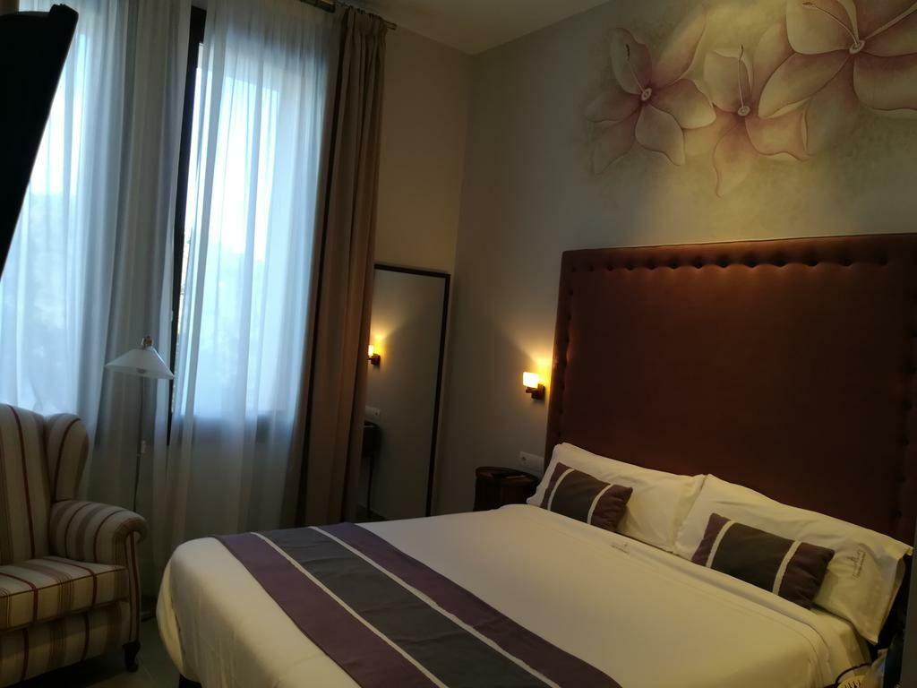 Hotel sant pere del bosc lloret de mar espagne my for Boutique hotel espagne