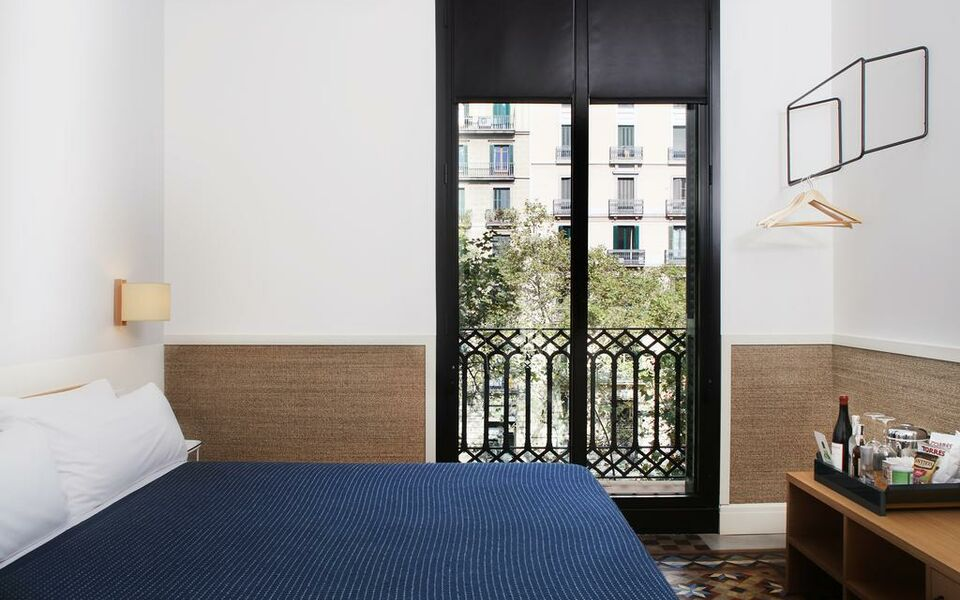 hotel casa bonay barcelona spanien. Black Bedroom Furniture Sets. Home Design Ideas