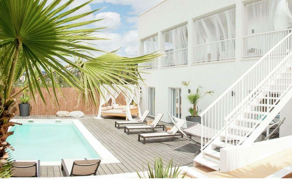 Villa destino 2 talamanca a design boutique hotel ibiza for Design boutique hotels ibiza