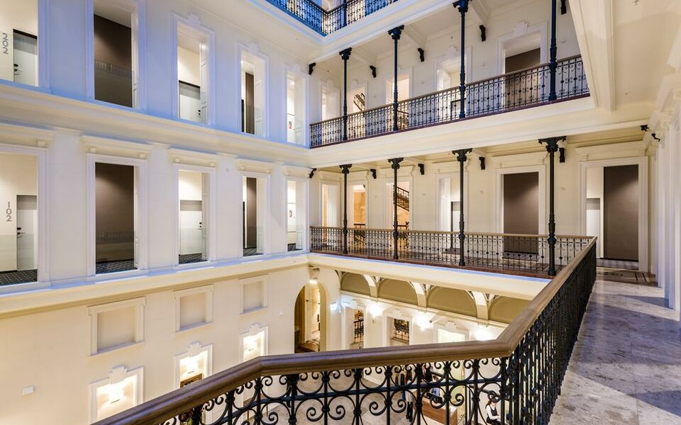 Hotel moments budapest budapest hongrie my boutique hotel for Boutique hotel budapest