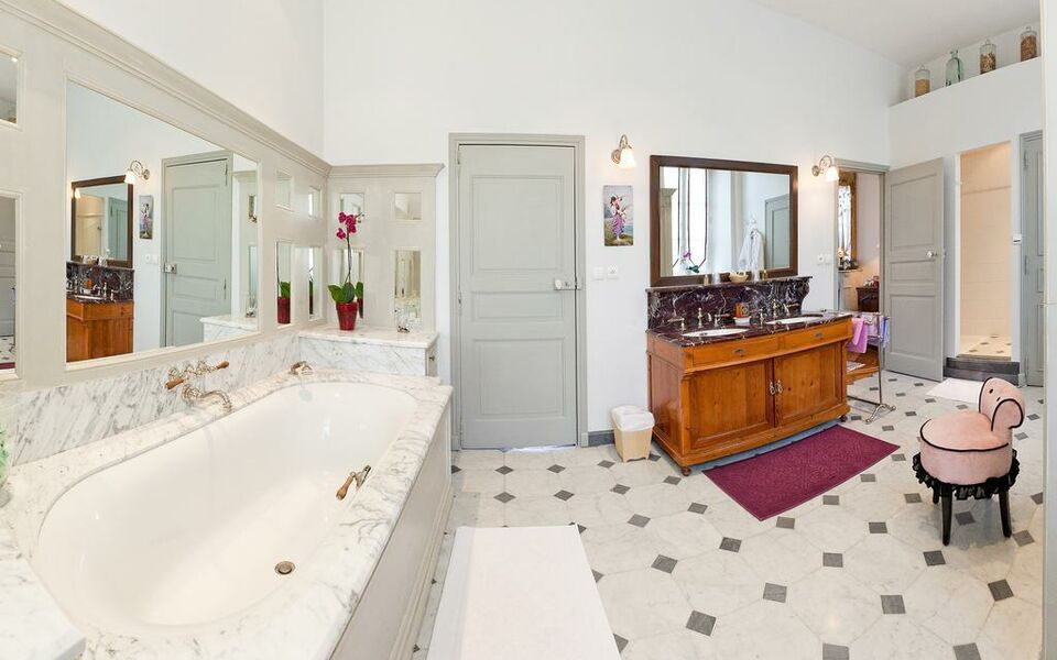 Chambres d h tes le pigeonnier a design boutique hotel for Chambre hote embrun