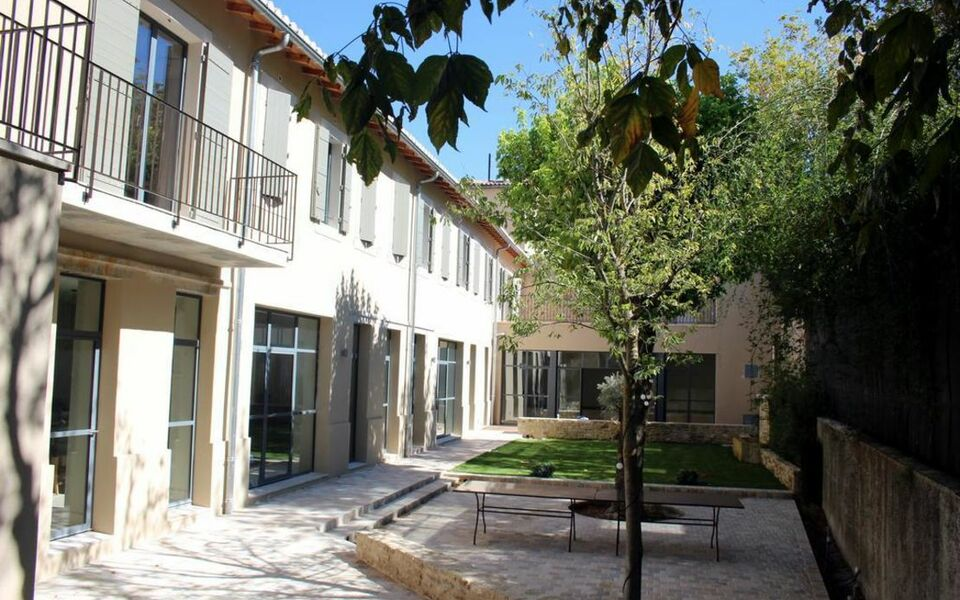La magnanerie de l 39 isle b b a design boutique hotel for Hotels isle sur la sorgue