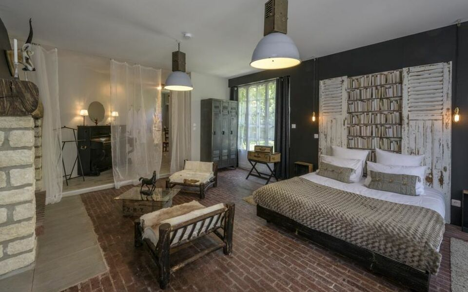 la parenthese du rond royal a design boutique hotel compi gne france. Black Bedroom Furniture Sets. Home Design Ideas