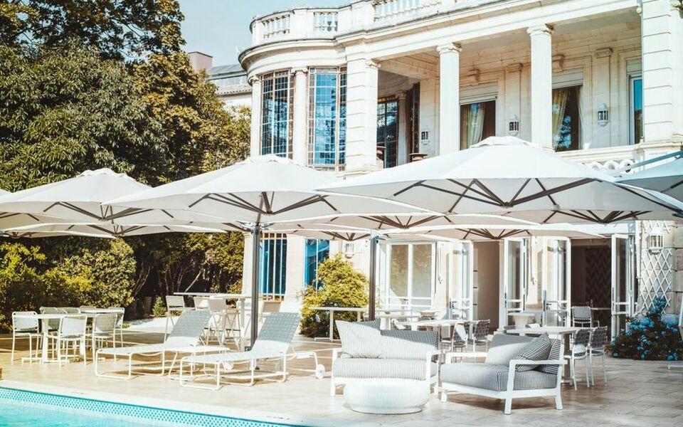 la villa guy b b b ziers frankreich. Black Bedroom Furniture Sets. Home Design Ideas