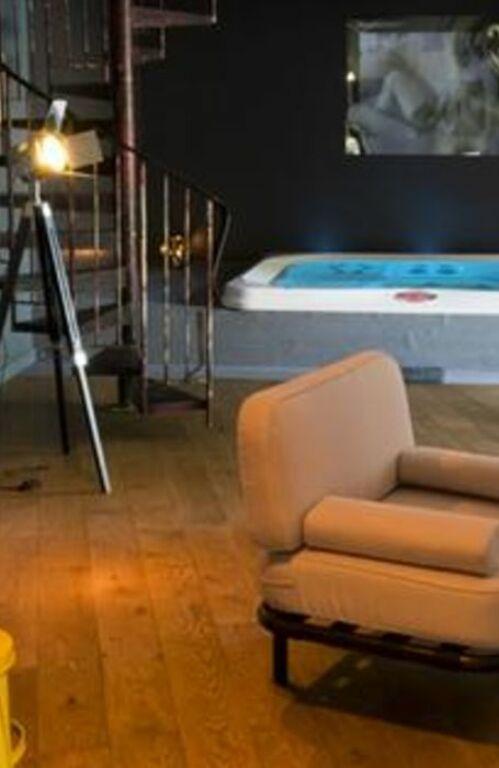 maison mathilde valenciennes france my boutique hotel. Black Bedroom Furniture Sets. Home Design Ideas
