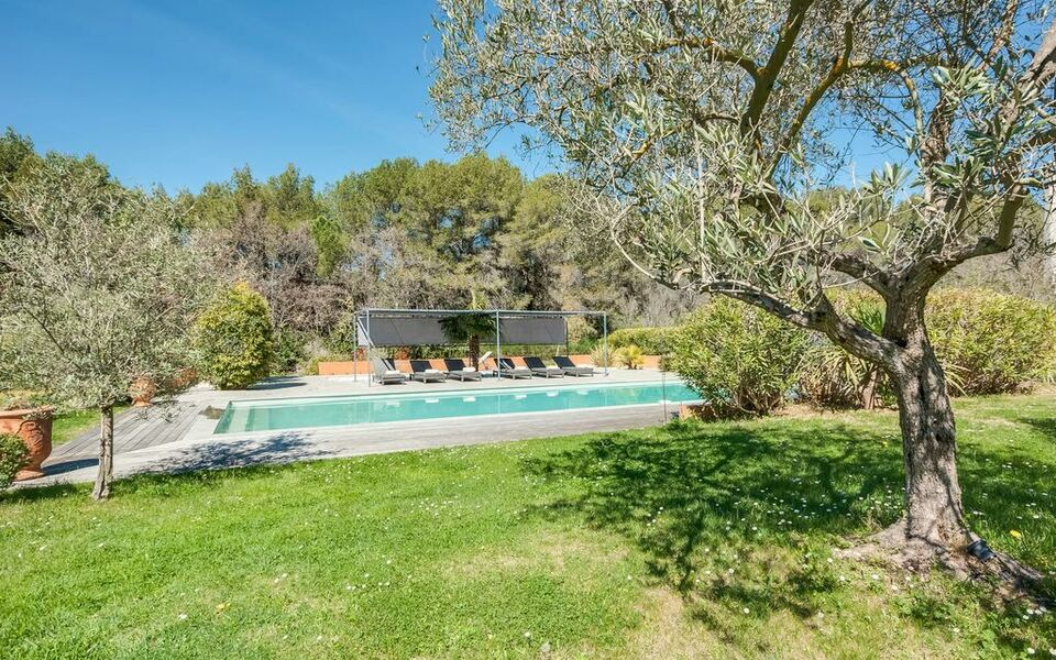 Villa with Pool near Aix-en-Provence, Aix en Provence (2)