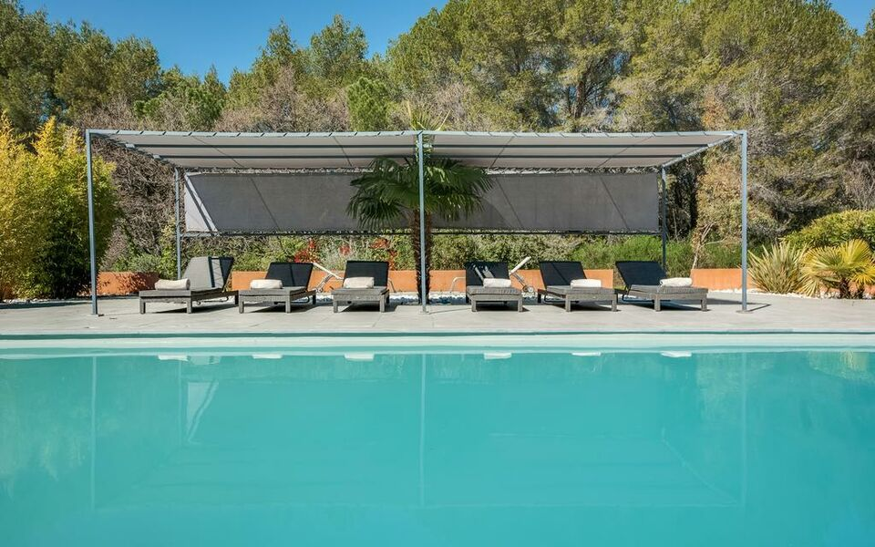 Villa with Pool near Aix-en-Provence, Aix en Provence (3)