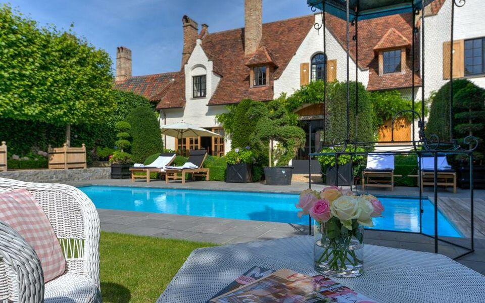 Exclusive Suites The Secret Garden A Design Boutique Hotel Bruges Belgium