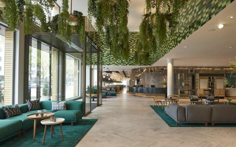 hyatt regency amsterdam a design boutique hotel amsterdam netherlands. Black Bedroom Furniture Sets. Home Design Ideas
