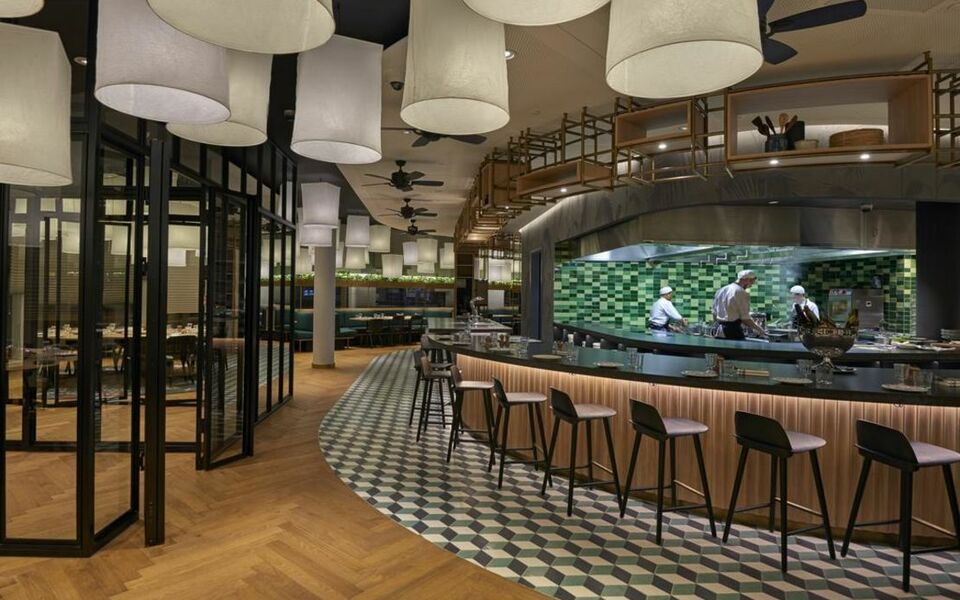 hyatt regency amsterdam amsterdam pays bas my boutique hotel. Black Bedroom Furniture Sets. Home Design Ideas