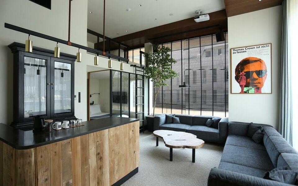 Trunk hotel a design boutique hotel tokyo japan for Design hotel tokyo