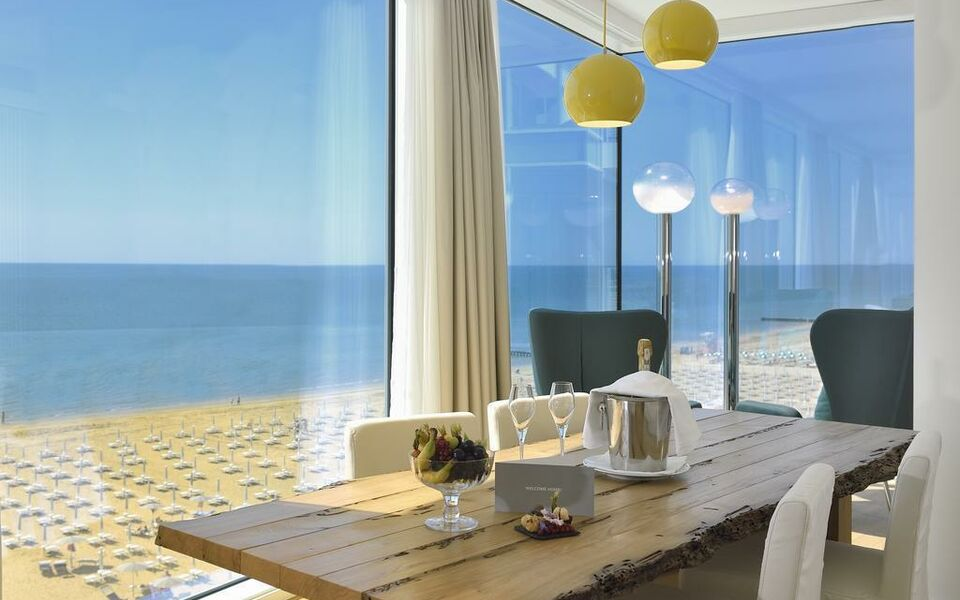 Falkensteiner hotel spa jesolo a design boutique hotel for Design boutique hotels venetien