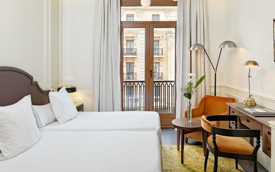 Boutique hotel h10 villa de la reina madrid espa a for Boutique hotel 74