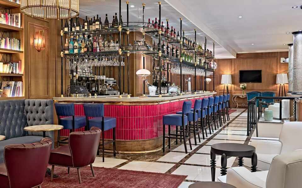 Boutique hotel h10 villa de la reina a design boutique - Villa de la reina madrid ...