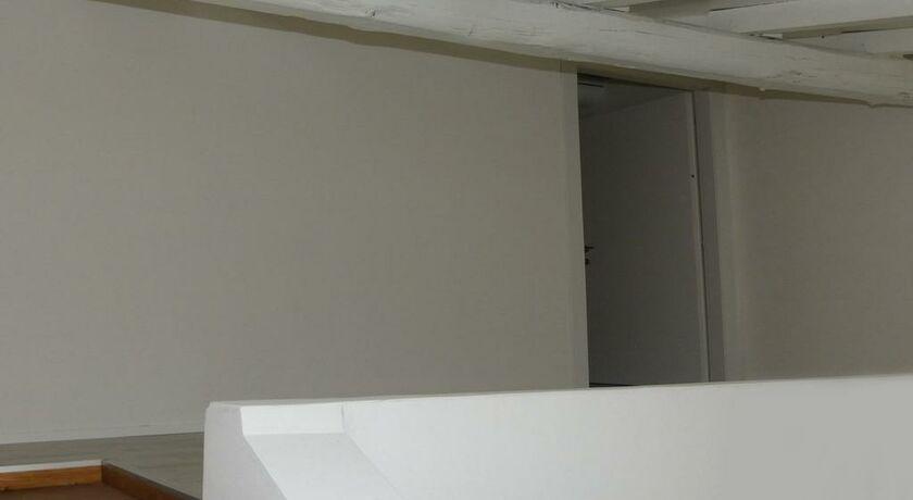 fontana rooms como italien. Black Bedroom Furniture Sets. Home Design Ideas