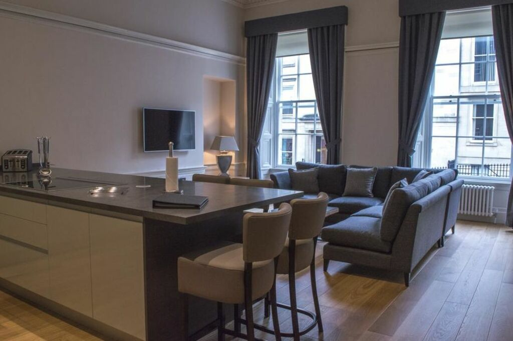 Blythswood House Deluxe Room