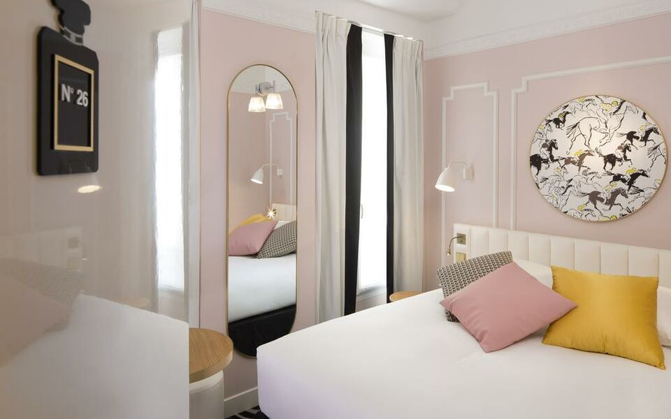 h tel pastel paris parigi francia. Black Bedroom Furniture Sets. Home Design Ideas