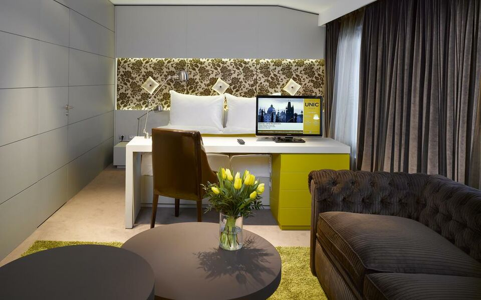 Hotel unic prague a design boutique hotel prague czech for Boutique accommodation prague