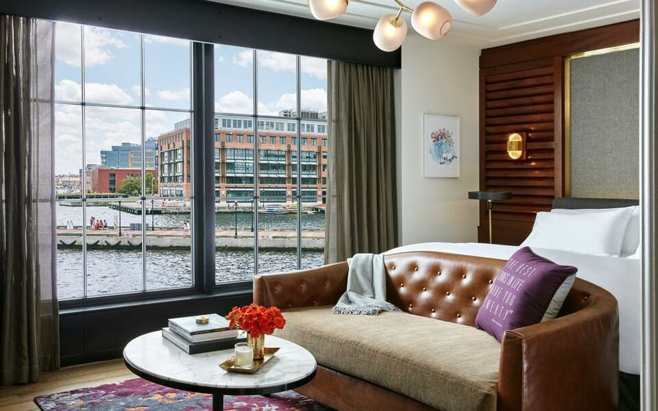 Sagamore pendry baltimore a design boutique hotel for Best private dining rooms in baltimore