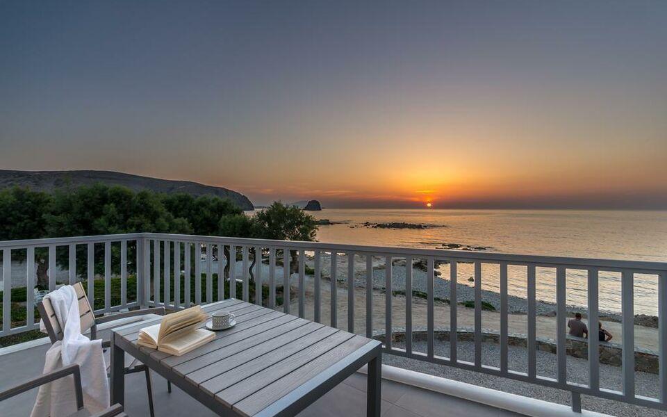 Milos waves luxury apartments a design boutique hotel for Boutique hotel milos