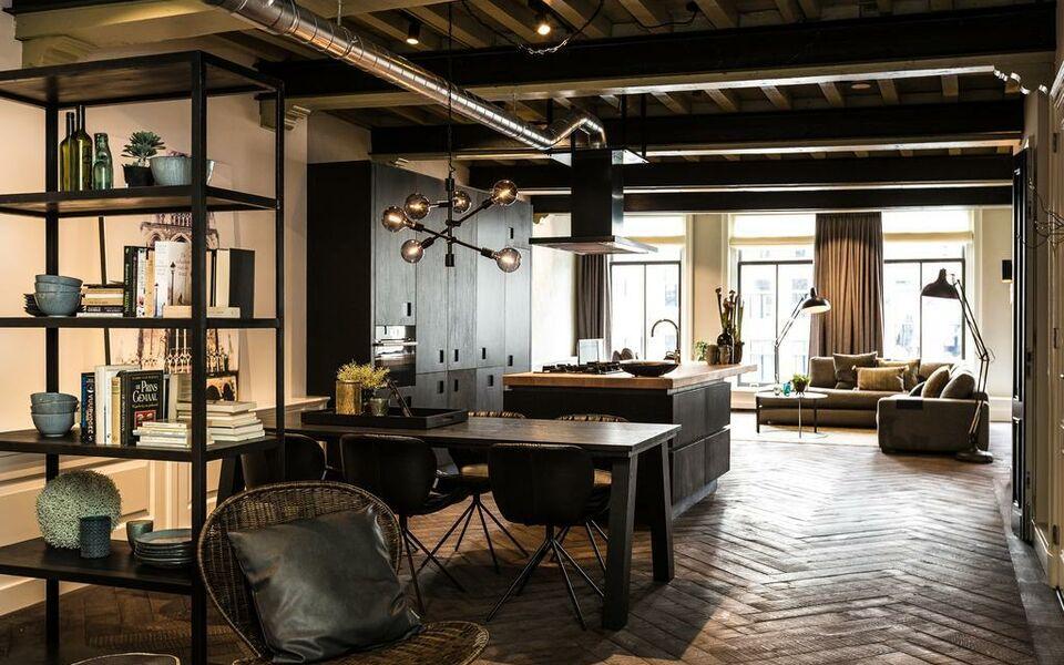 Utrechtcityapartments executive apartments oudegracht a for Hotel design utrecht