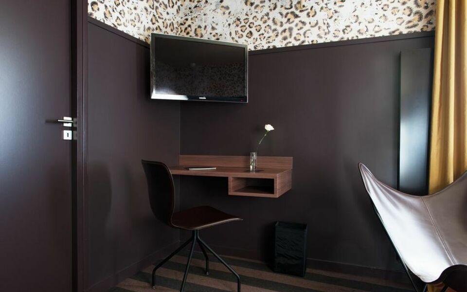 l 39 h tel a design boutique hotel nantes france. Black Bedroom Furniture Sets. Home Design Ideas