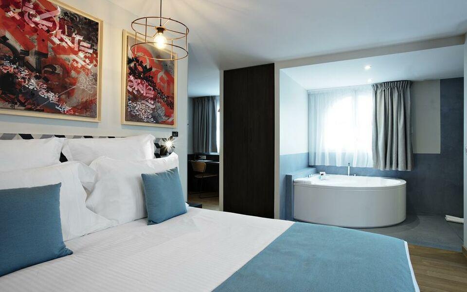 Villa du taur a design boutique hotel toulouse france for Hotel design toulouse centre ville