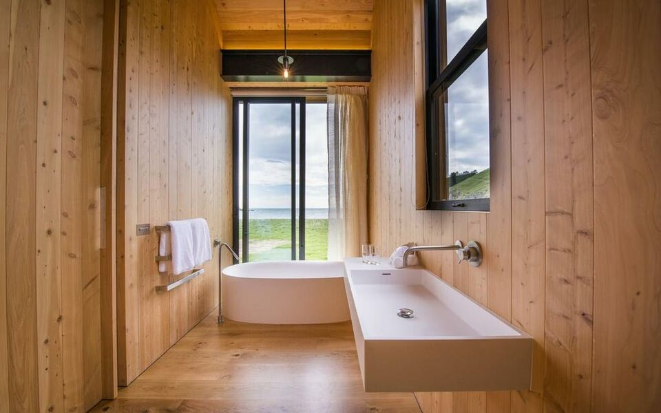 Annandale Coastal Farm Escape & Luxury Villa Collection, Akaroa (13)