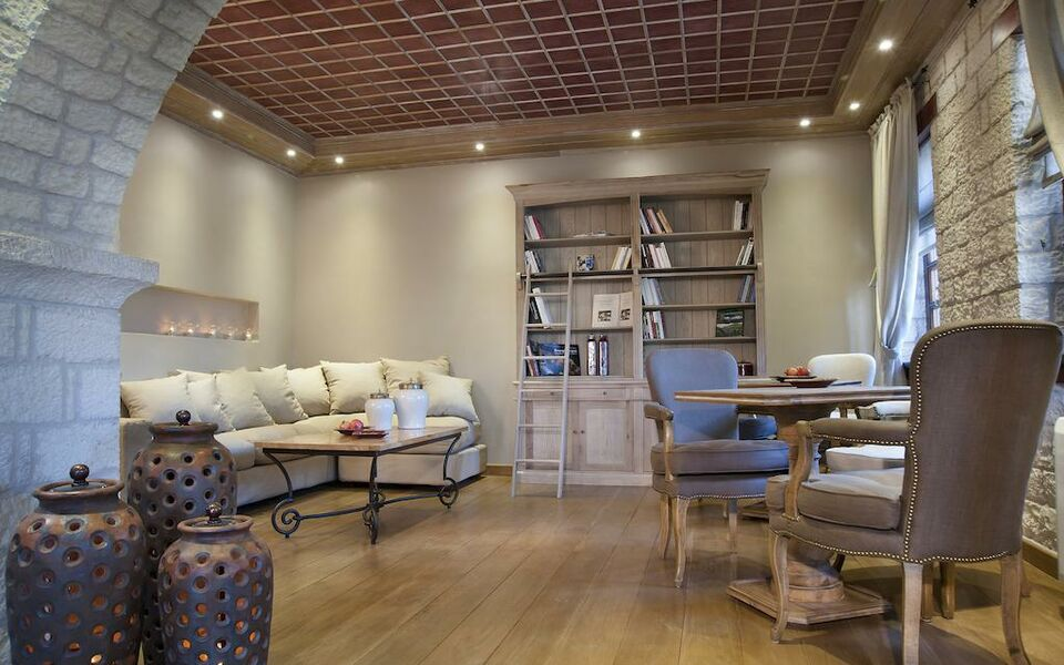 Aberratio Boutique Hotel, Aristi (2)